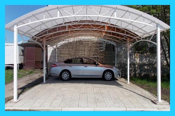 установка навеса для гаража из поликарбоната